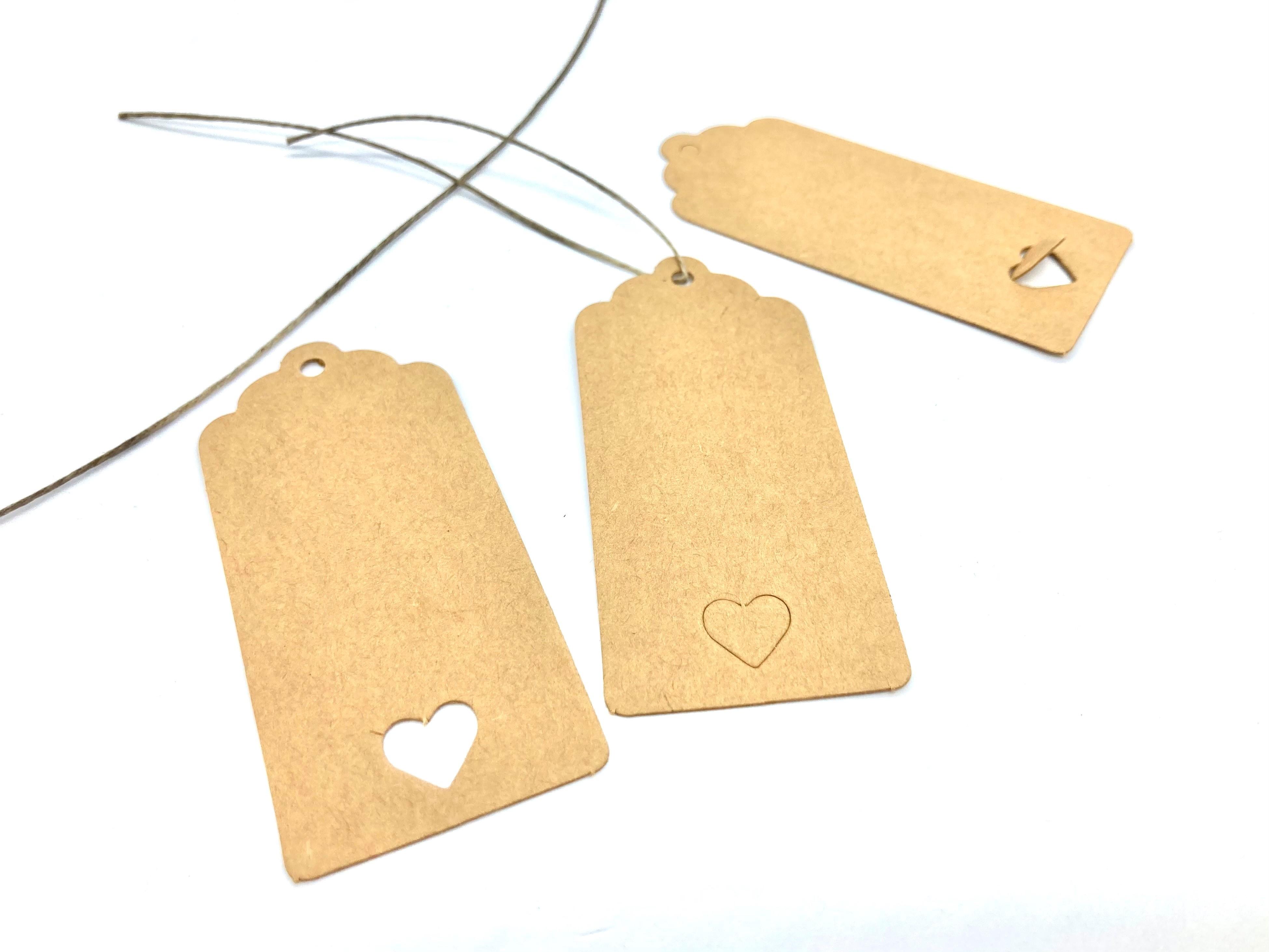 10 Kraftpapieranhänger mit Herzerl